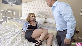 Rebellious stepdaughter having some enjoyable fuck with her horny stepdad