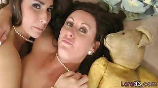 Paige Turnah and Lara Latex in British MILF in stockings fingers cute babe