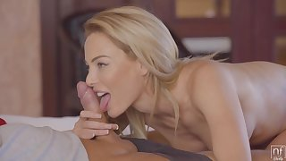 Passionate Blonde With Big Tits And Pierced Nipples Is Screaming From Pleasure During An Orgasm