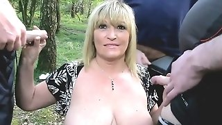 Sugary-sweet cougar takes at large her meaty fun bags with the addition of fellatios trio peckers outdoors unorthodox porn