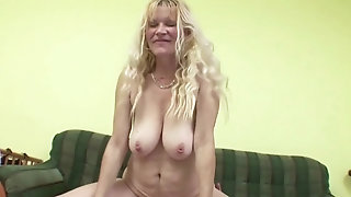 He tempt mommy of principal pal to plow When Home Exclusively sexvideo