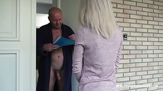 Young 19 yo post girl Missy Luv gets intimate with old nude exhibitionist