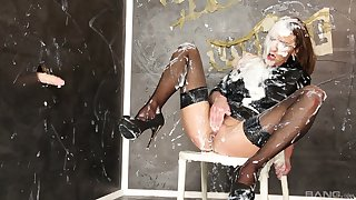 Dorty glory hole porn for insolent Donna Joe