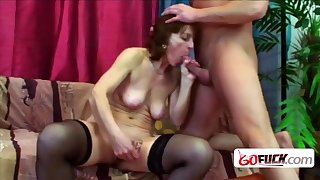 Naughty old lady takes her teeth box off to give a wet Bj