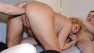 chubby mom threesome fist fucked