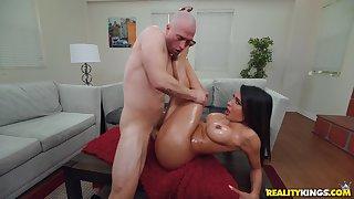 Brunette milf spreads legs for a younger fucker