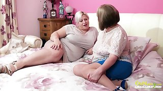 Amazingly sensual mature BBW seduces her friend into having sex with her